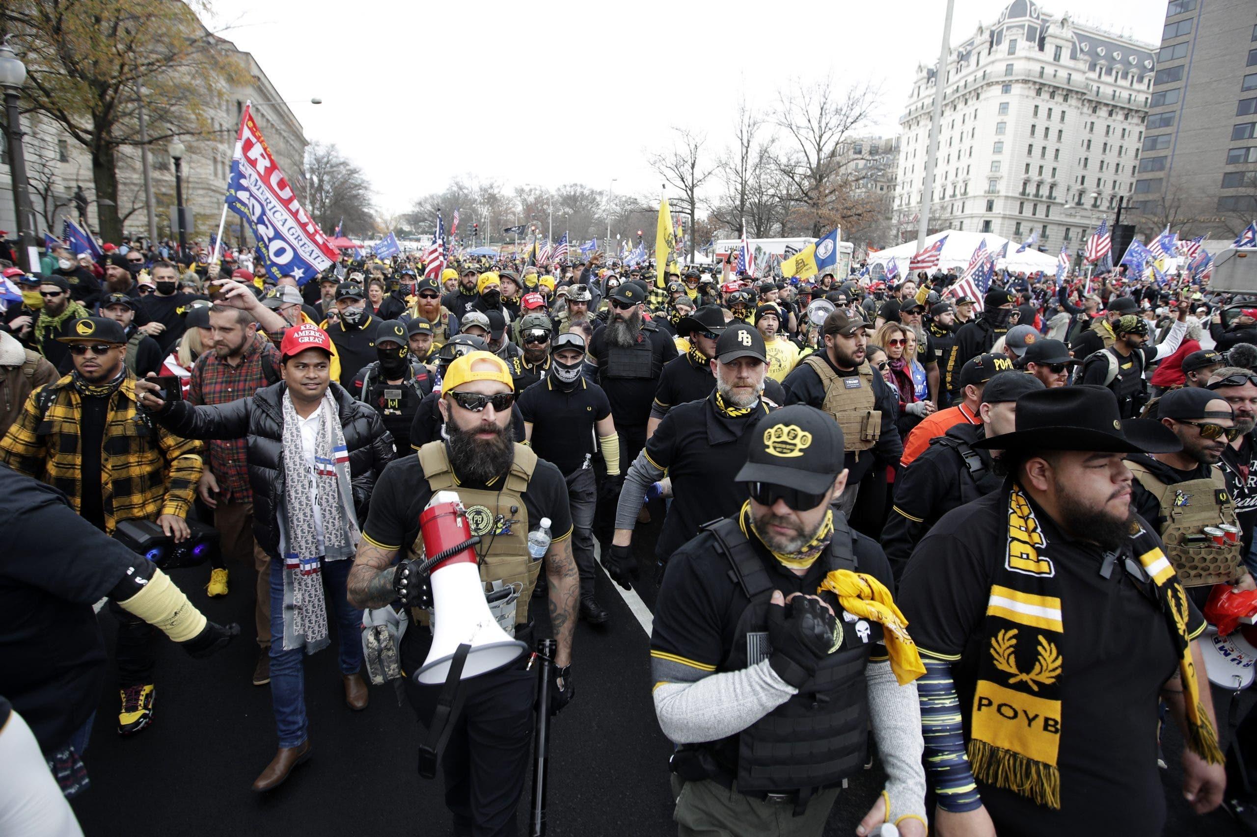 Miles de partidarios de Trump se concentran en Washington