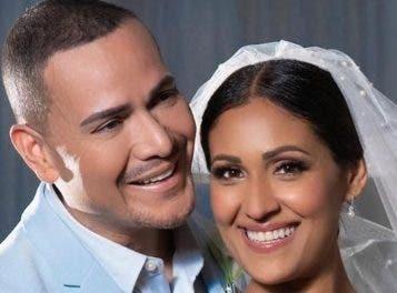 Salsero Víctor Manuelle se casa por primera vez