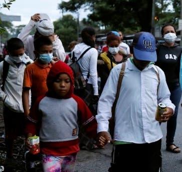 Gobiernos de región hacen advertencia a  los migrantes