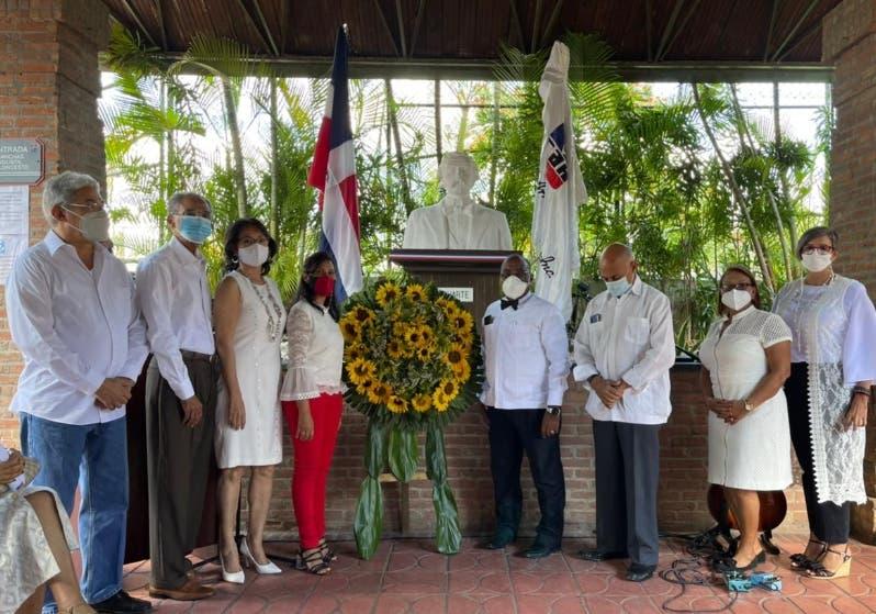 Club Arroyo Hondo rinde homenaje a Juan Pablo Duarte en su natalicio