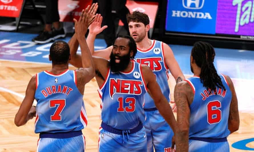 Durant y Harden vuelven a ser los héroes salvadores de los Nets