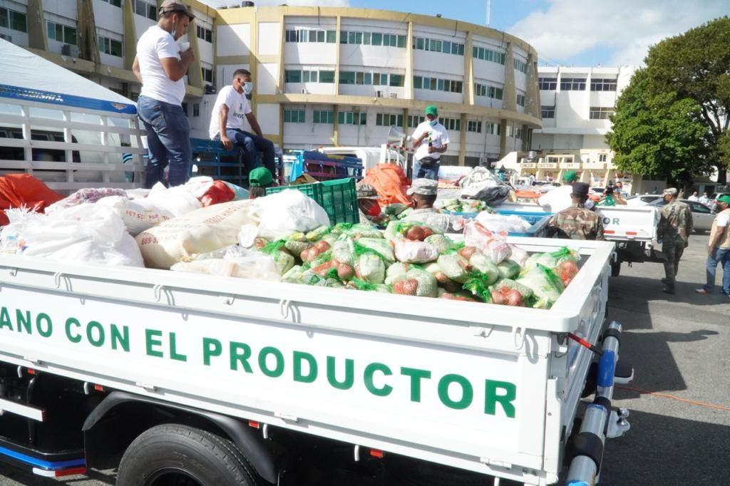 Inespre inicia venta de pollos a 125 pesos la unidad | El Día