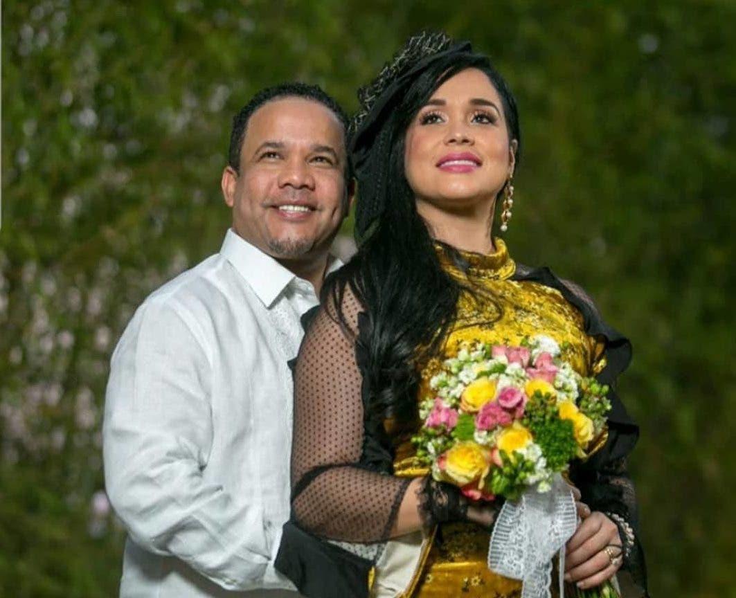El Torito celebra noveno aniversario de matrimonio