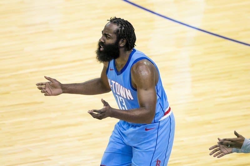 James Harden: 'loca' situación con los Rockets no tiene arreglo