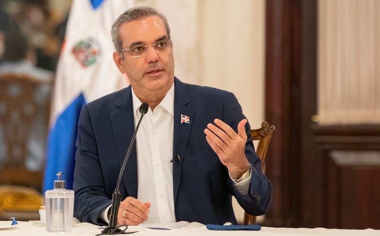 Presidente Abinader viaja a Ecuador; participará en toma posesión de Lasso