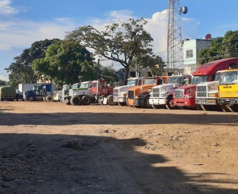 Costa Verde grita contra camiones Puerto de Haina