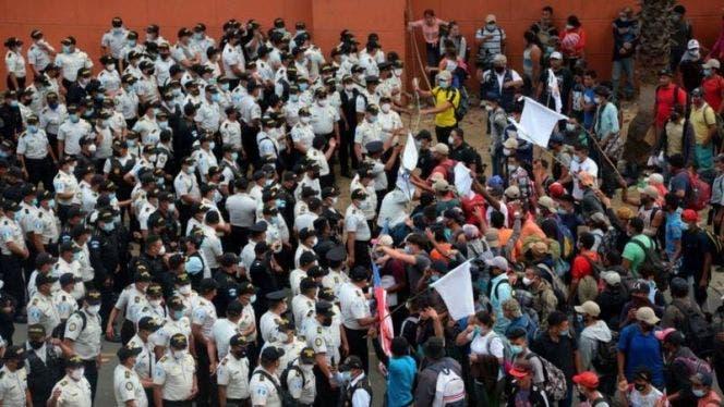 Deploran brutal uso de la fuerza del ejército de Guatemala contra migrantes