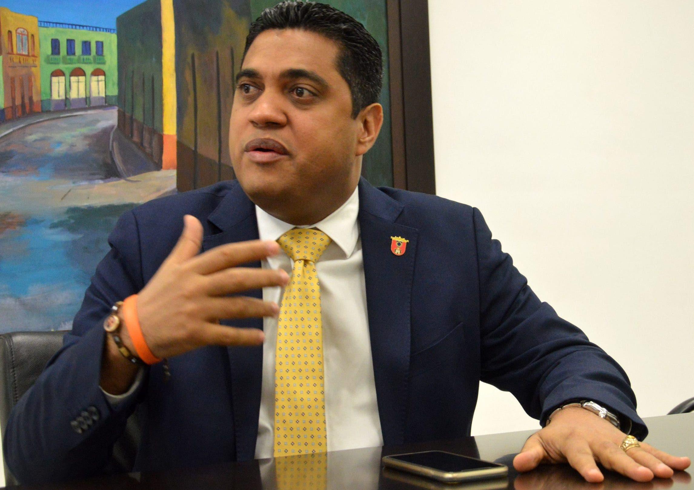 Presidente Fedomu advierte aumento salarial de alcaldes y regidores viola la Constitución
