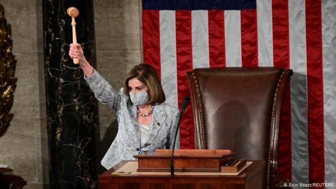 Nancy Pelosi resulta reelegida como presidenta de la Cámara Baja de EE.UU.