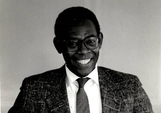 Falleció el poeta Norberto James