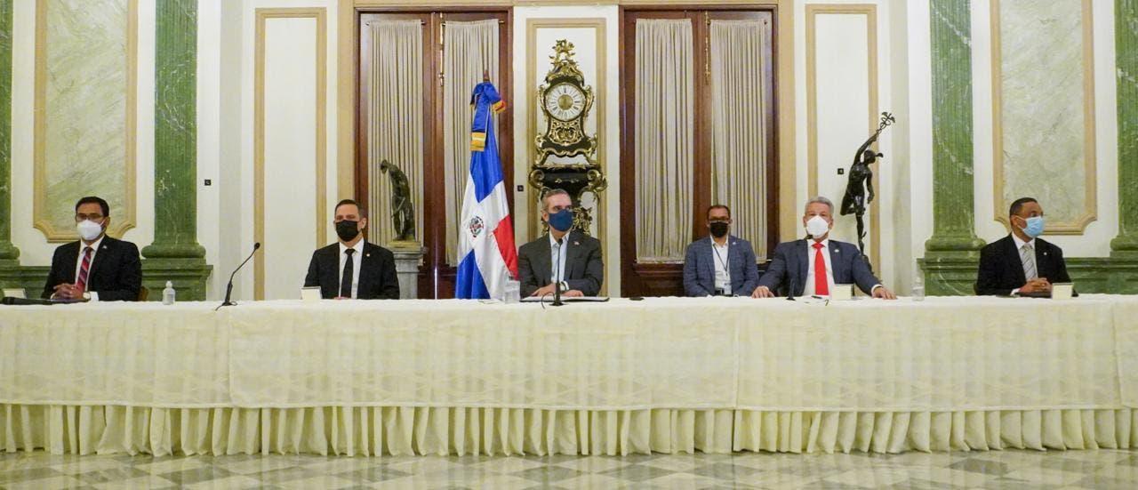 Presidencia y Poder Judicial firman convenio para regularizar titulación de inmuebles del Estado