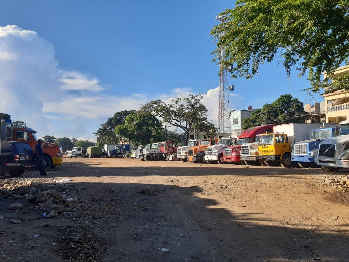Costa Verde está al grito con camiones del Puerto de Haina