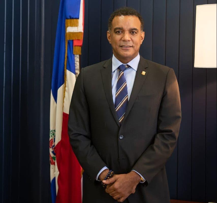 Senador Gómez destaca importancia de la carretera Moca, San Víctor, Sabaneta de Yásica