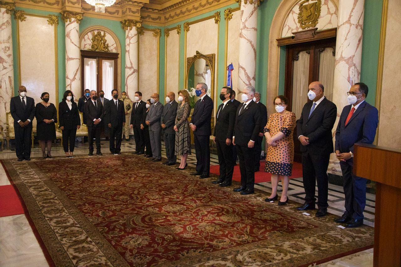 Consejo Nacional de la Magistratura juramenta nuevos jueces del Tribunal Constitucional