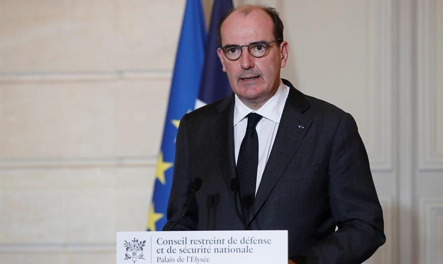 Francia limitará más drásticamente las entradas al país por la Covid-19