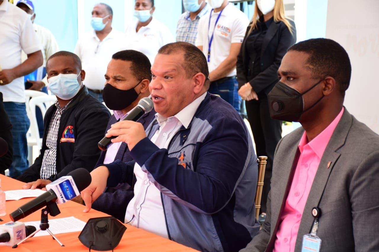 Piden al presidente Abinader extender línea del Metro hasta la carretera de Yamasá