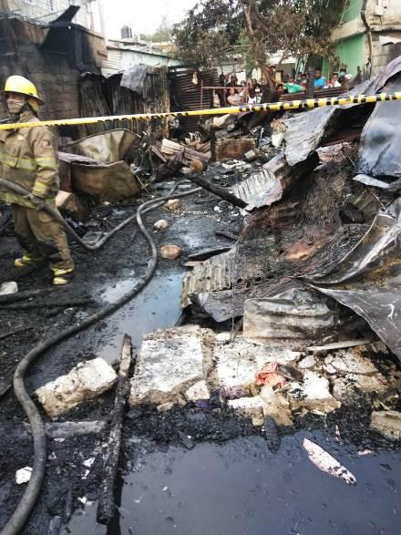 Mueren dos niños calcinados en San Cristóbal