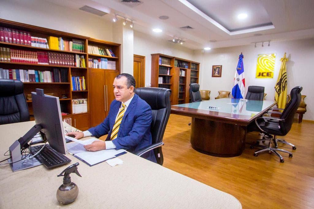 """Presidente JCE presenta conferencia """"El Papel de la JCE y los Derechos Políticos"""""""