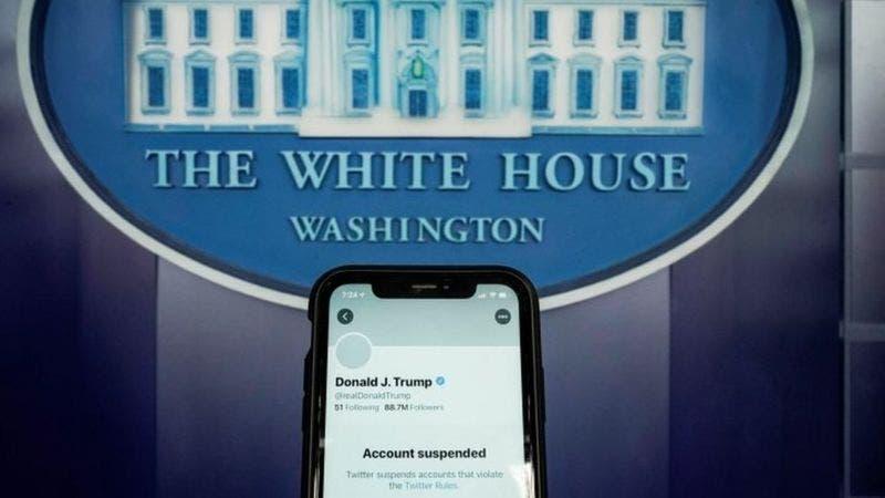Cómo las redes sociales silenciaron a Trump (y el debate sobre la libertad de expresión que generó)