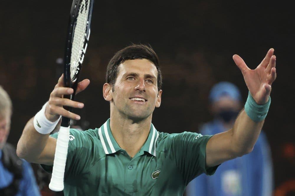 """Djokovic: """"me llena el corazón"""" jugar con gente en Australia"""