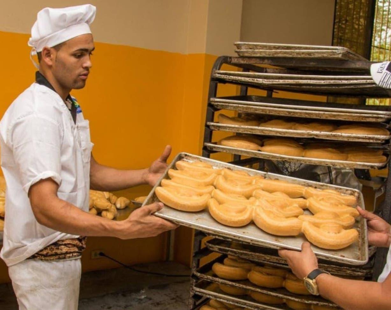 Aumentan precio del pan en panaderías de Puerto Plata