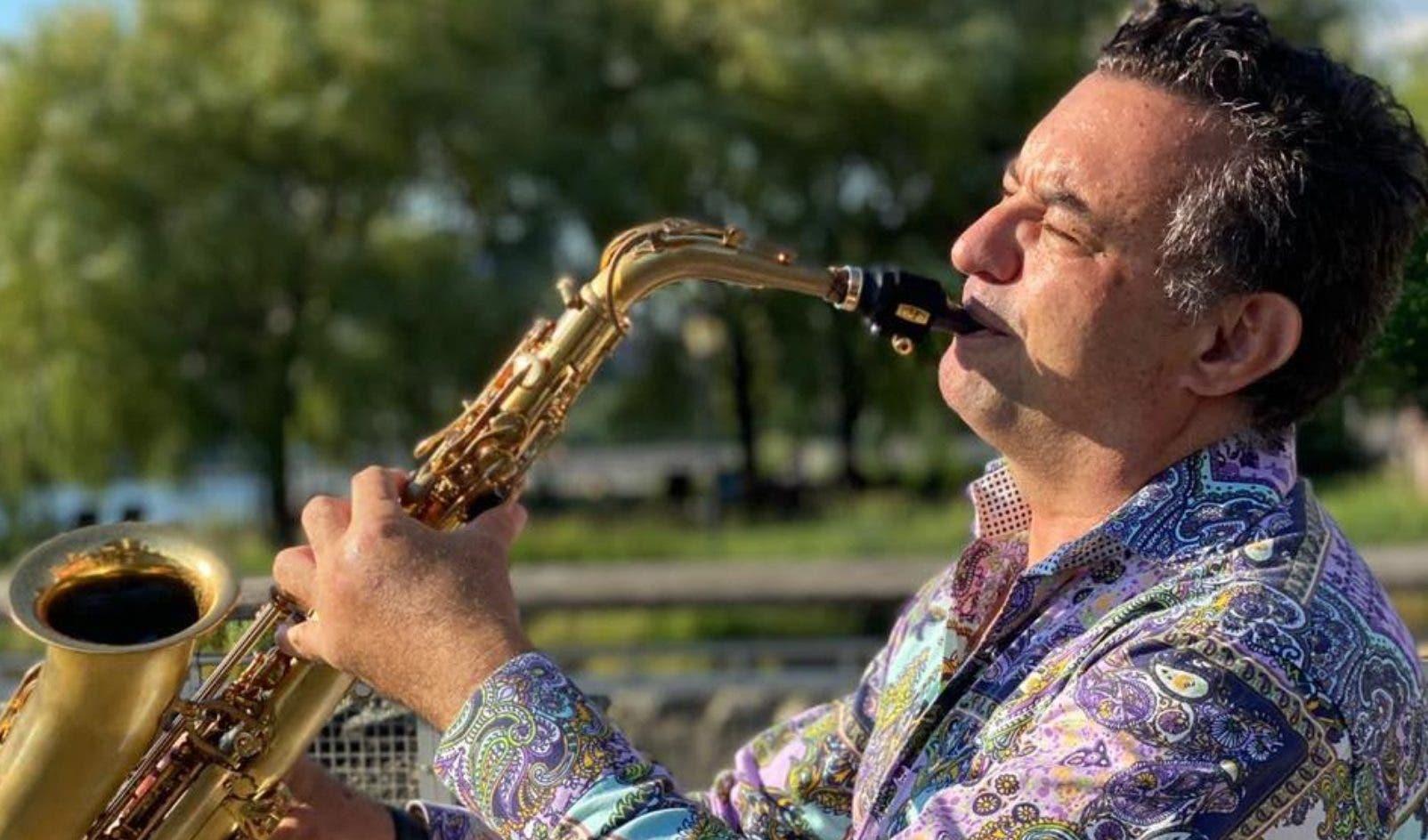 Carlitos Estrada, un músico que es sinónimo de jazz en todo el Cibao