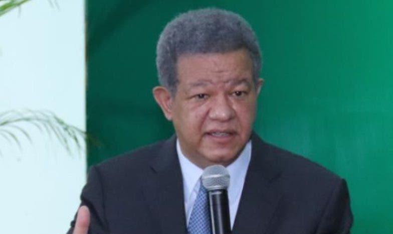 Leonel pide priorizar plan de vacunación
