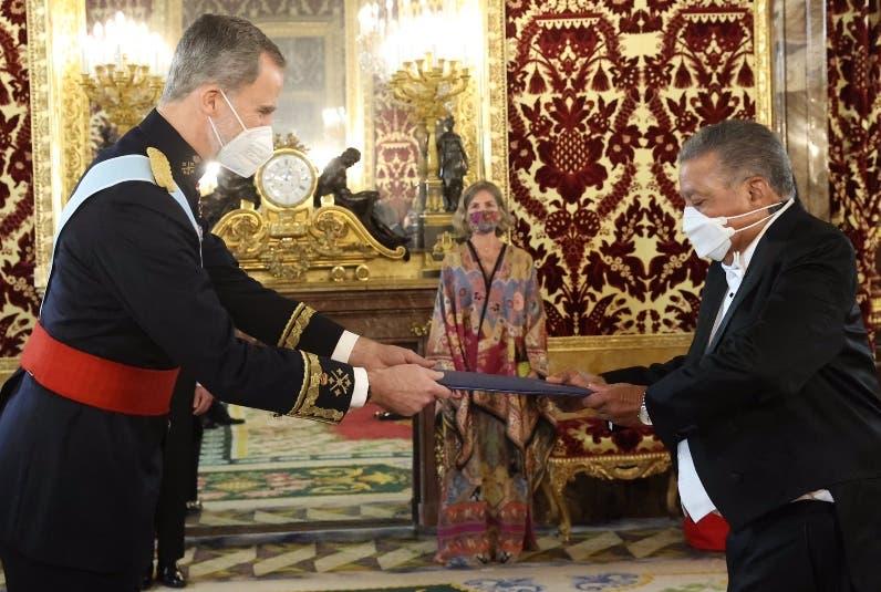 Juan Bolívar Díaz asume embajada en Reino España