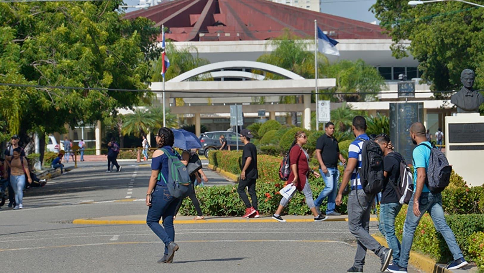 Fuerza del Pueblo pide a profesores de la UASD protestar sin afectar estudiantes