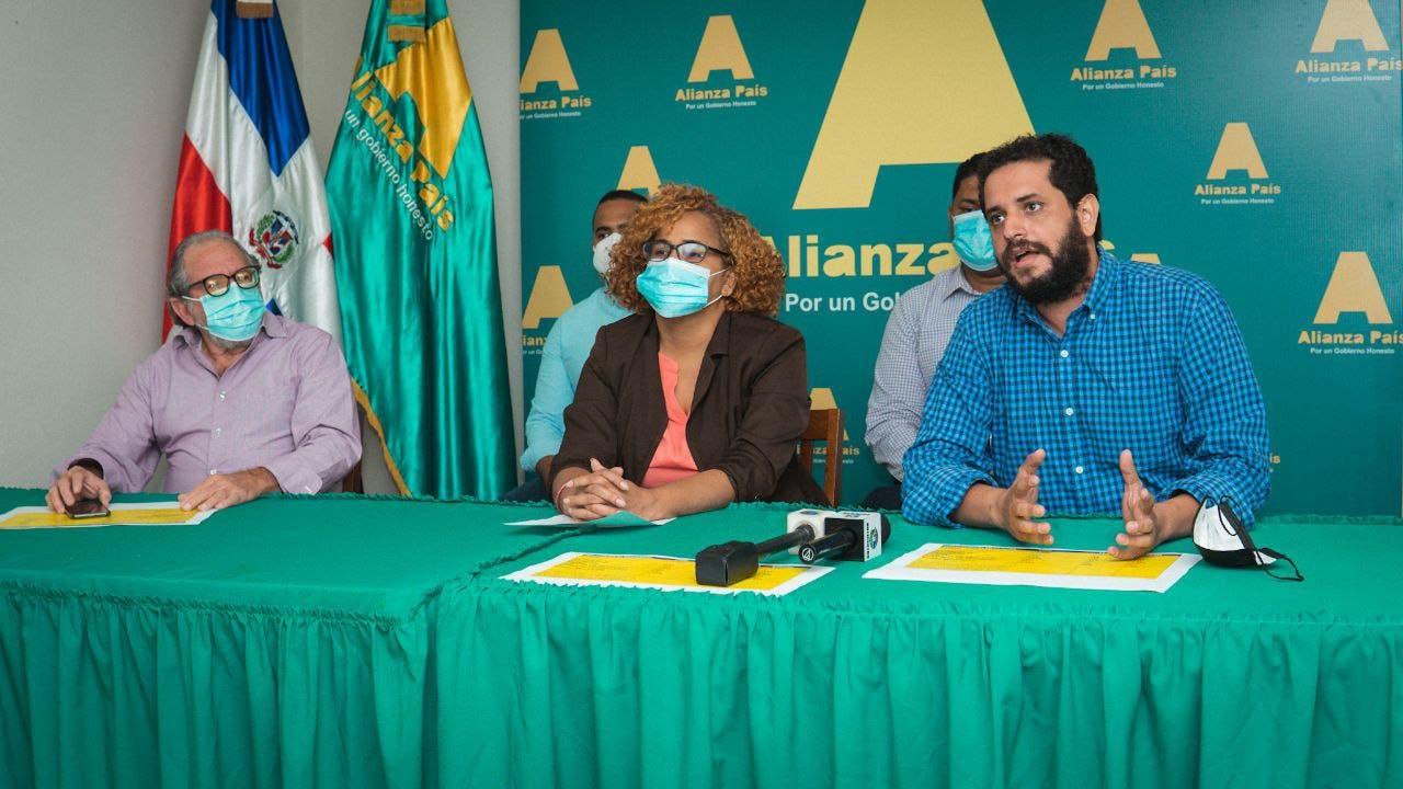 Alianza País denuncia que 3,890 regidores y alcaldes no han presentado la declaración