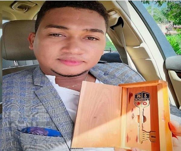 David Kada recibe la llave de Santo Domingo Oeste