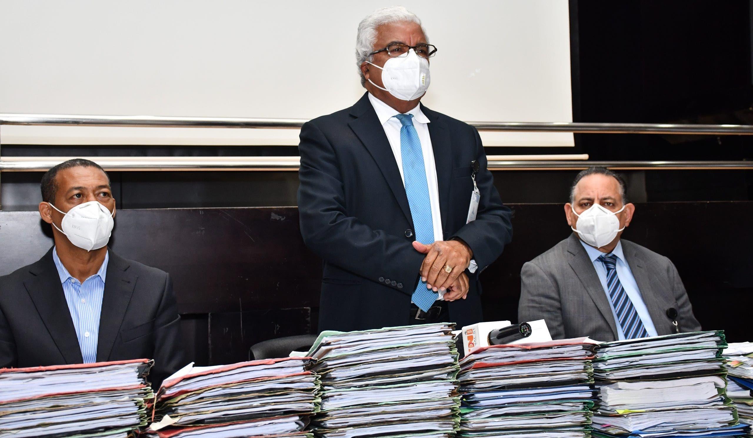 Comisión de Liquidación traspasa 64 proyectos de la OISOE a Obras Públicas