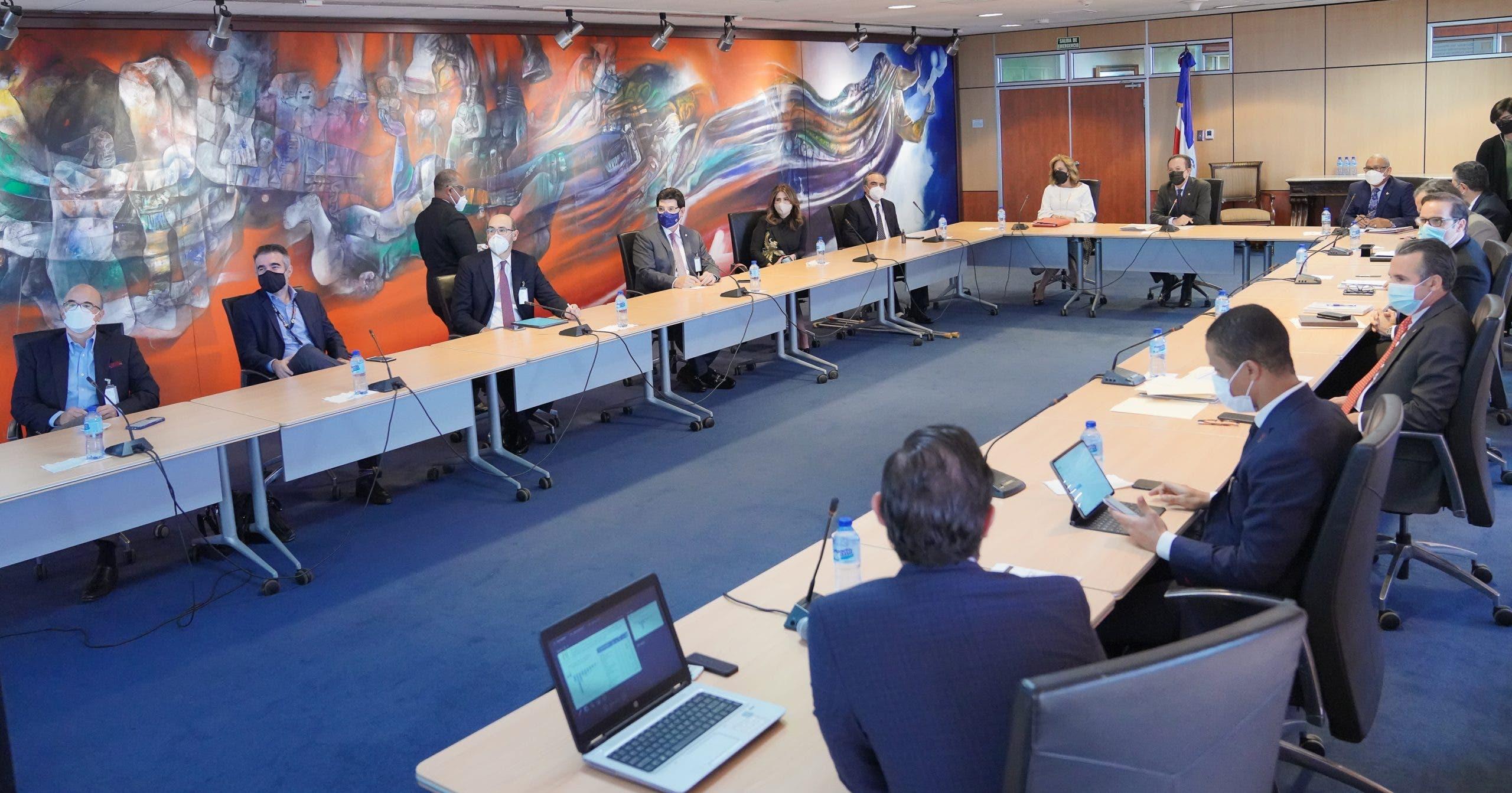 Banco Central y AIRD evalúan facilidades de liquidez