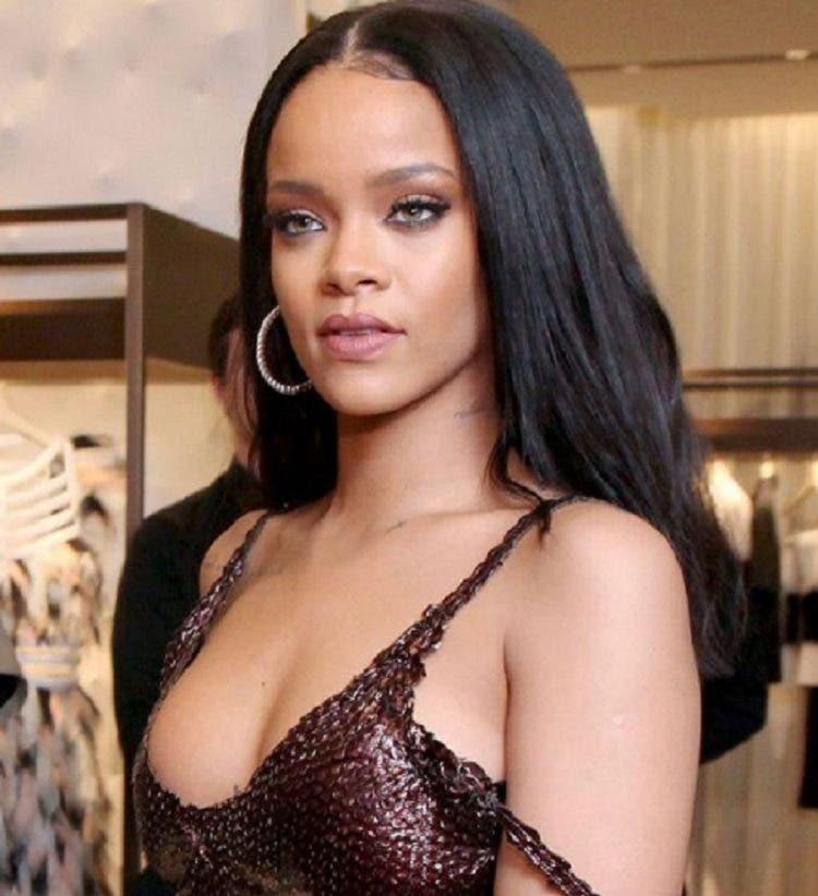 Las provocativas fotos de Rihanna que encienden las redes