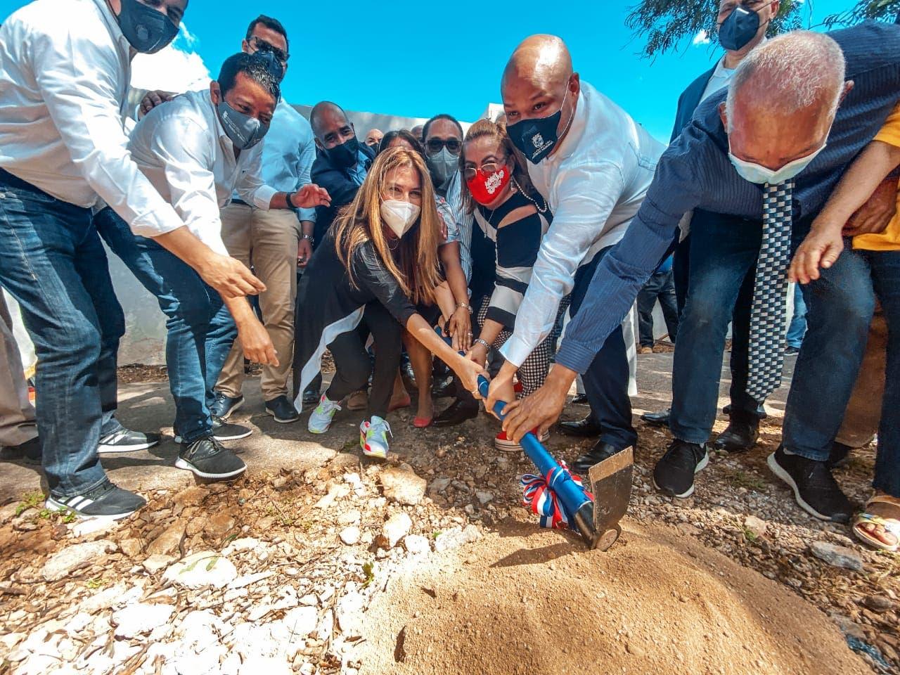 ADN reconstruirá seis kilómetros de aceras y  contenes entorno cementerio Avenida Máximo Gómez