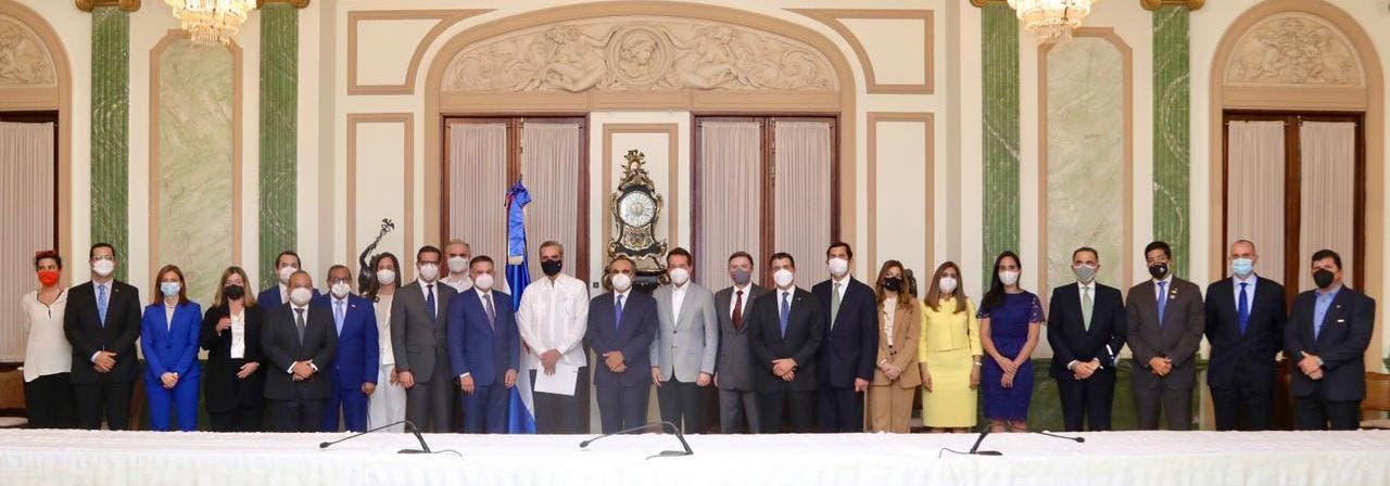 CONEP acude a Palacio y manifiesta su apoyo al Gobierno