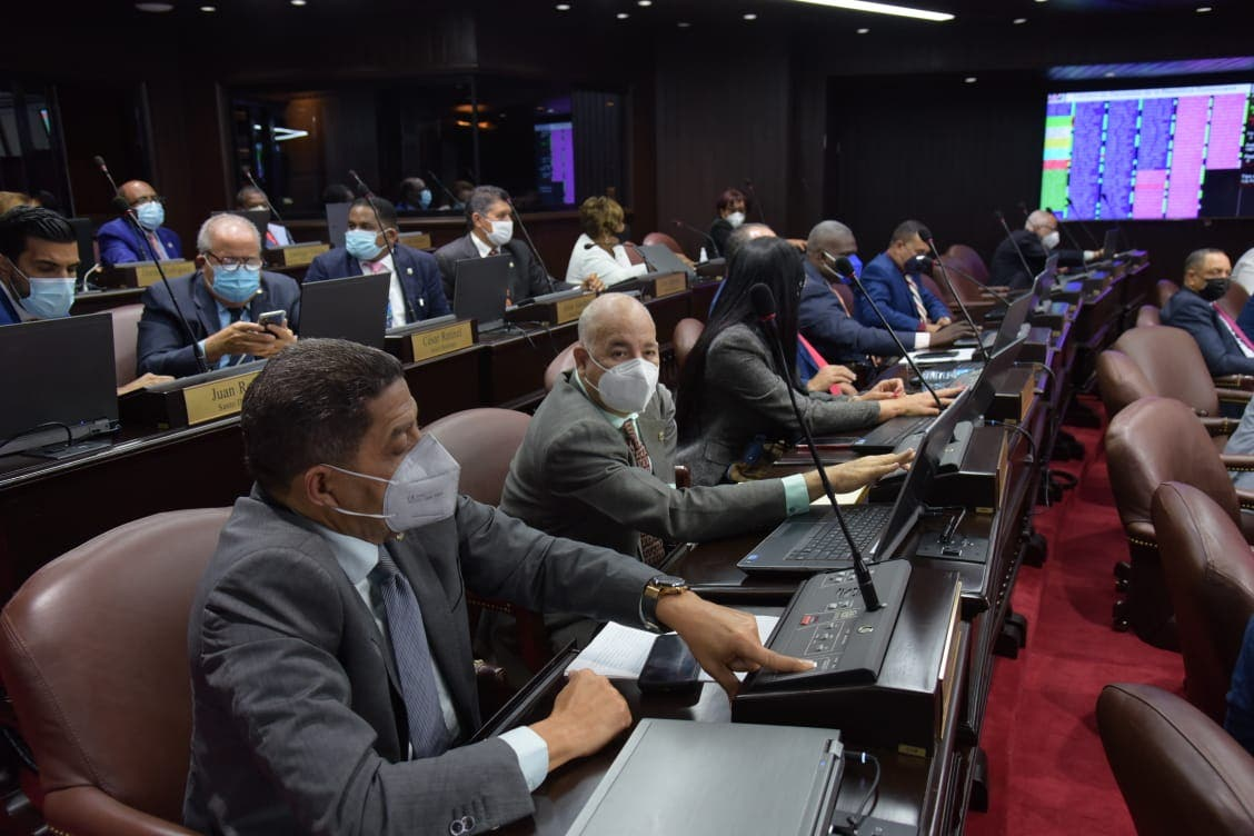 Extensión estado de emergencia sufre revés en Cámara de Diputados