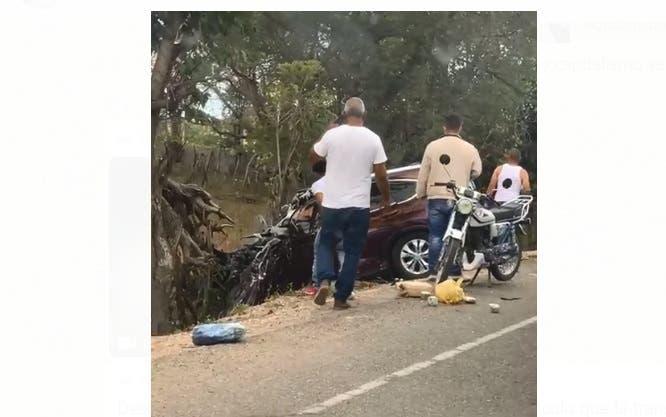 Desconocidos cargan con droga tras accidentarse vehículo en que la transportan