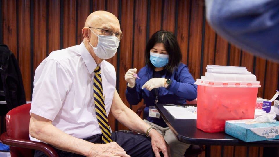 Líderes de la Iglesia de Jesucristo instan a sus miembros a vacunarse