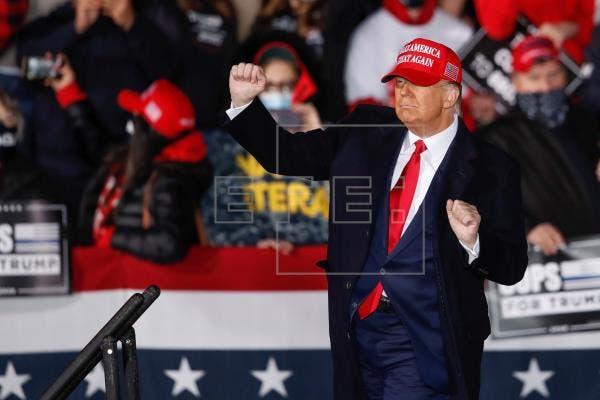 Trump aplaude su absolución y avisa de que su movimiento «acaba de empezar»