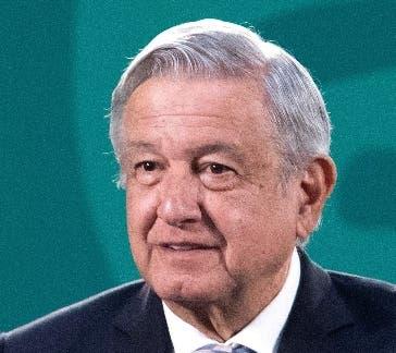 López Obrador promete subir las pensiones de ancianos