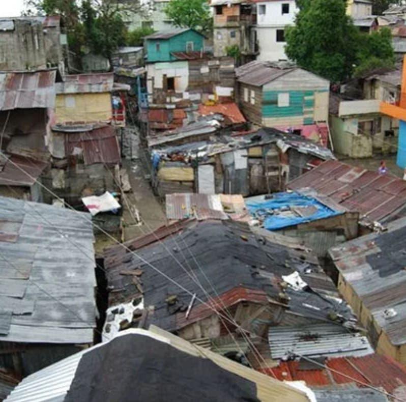 BID proyecta 677 mil nuevos pobres en RD