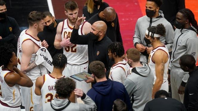 Mitchell y Gobert lideran exhibición de Jazz ante Cavaliers