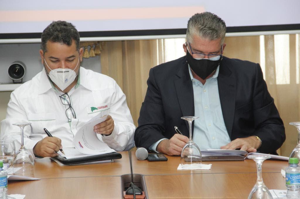 CONFENAGRO y la UESP suscriben acuerdo para  poner en ejecución proyectos productivos en el campo