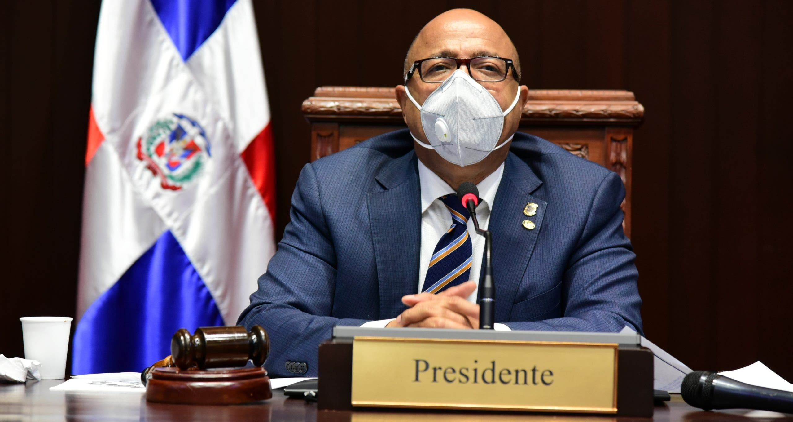 Pacheco pide disculpas a diputados por enfrentamiento con Botello