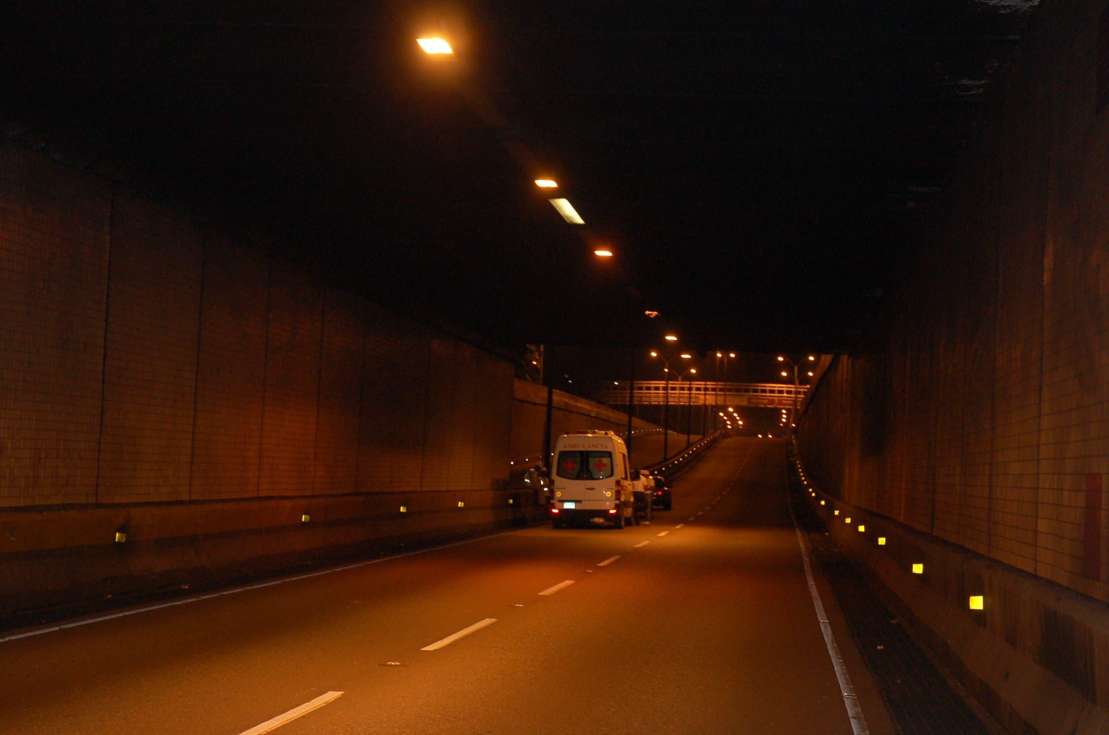 MOPC cerrará este viernes y el sábado túnel de Las Américas por trabajos de señalización
