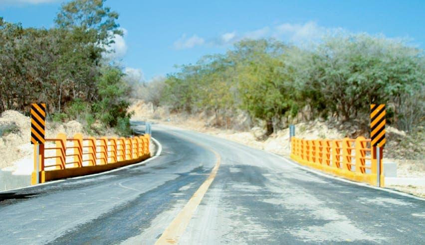 Inauguran nuevo puente que comunica a Polo y Cabral en Barahona