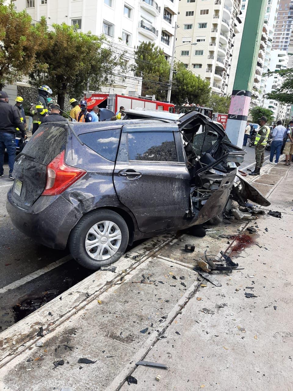 Cuatro muertos y tres heridos en accidente registrado hoy en la Anacaona