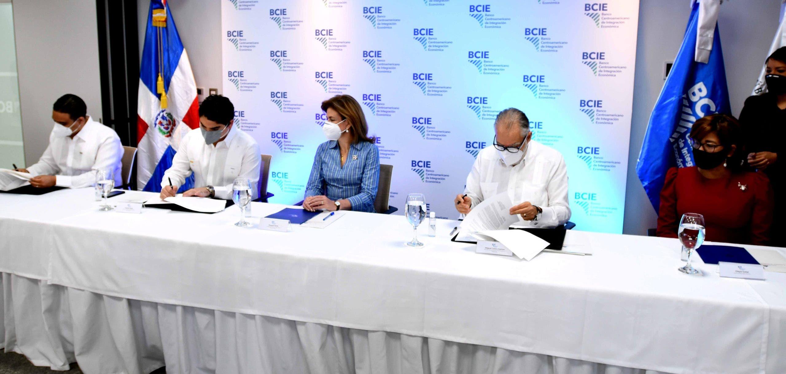 BCIE aumenta donación a US$2.4 millones para enfrentar la Covid-19 en RD
