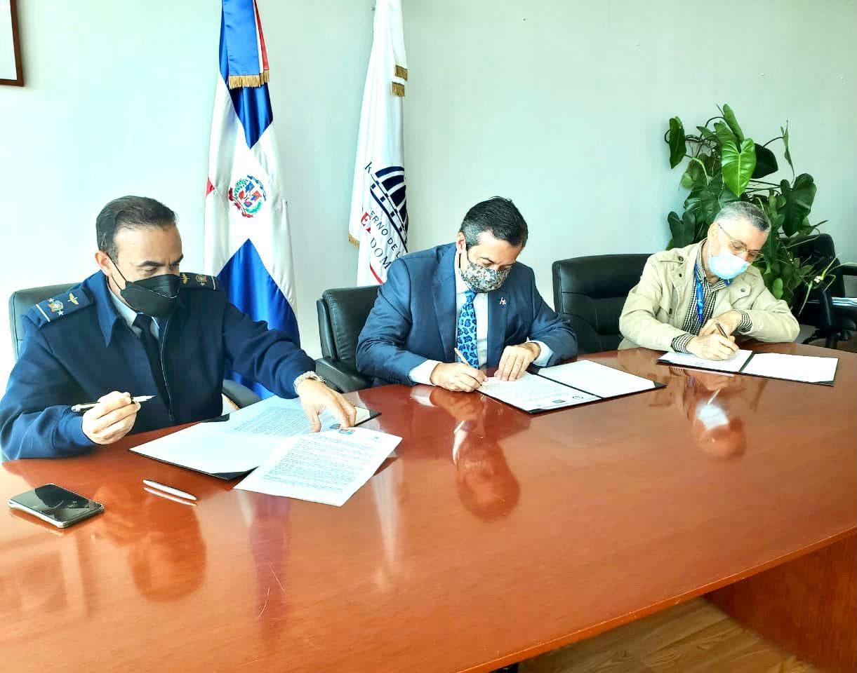 FARD firma acuerdo interinstitucional con Ministerio de Medio Ambiente y ASDE